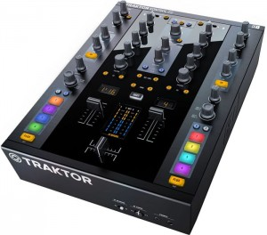 Native Instruments TRAKTOR KONTROL Z2 kontroler